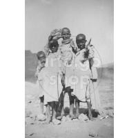 Africa Orientale Italiana - Ragazzi in posa