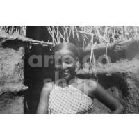 Africa Orientale Italiana - Ragazza indigena