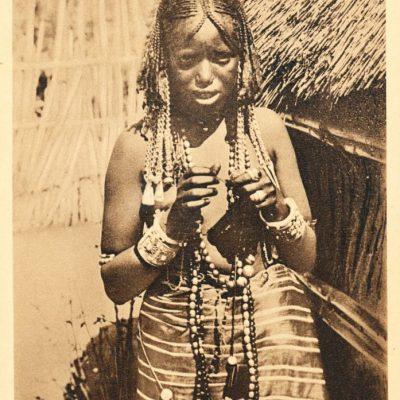 Africa Orientale Italiana - Donna Cunama