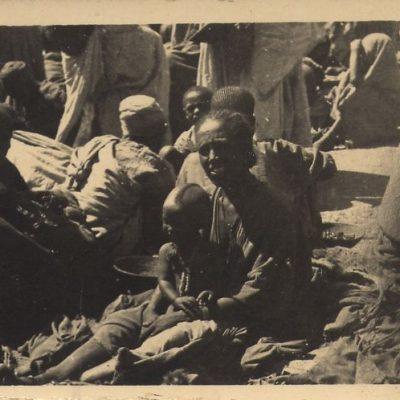 Africa Orientale Italiana - Venditrici del mercato di Edagò Hamos
