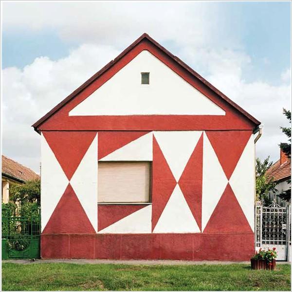 Katharina Roters. Hungarian Cubes, la baracca più allegra del blocco sovietico