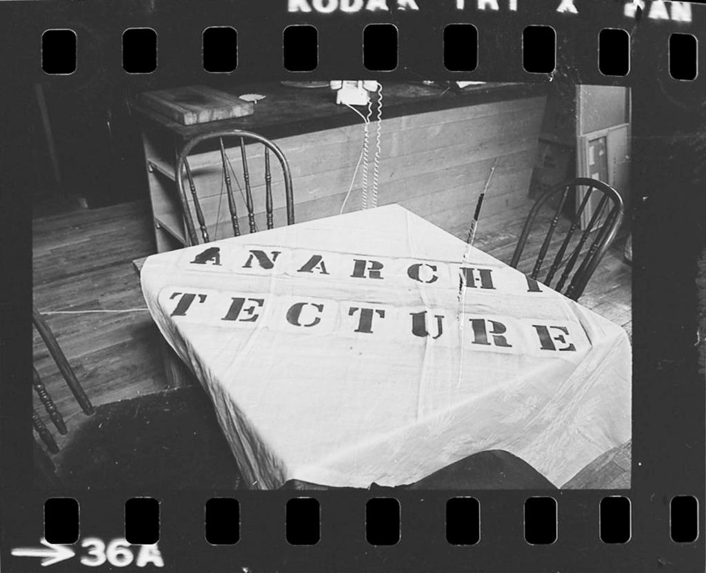 Mark Wigley indaga su l'Anarchitecture, Matta-Clark, l'arte e l'architettura