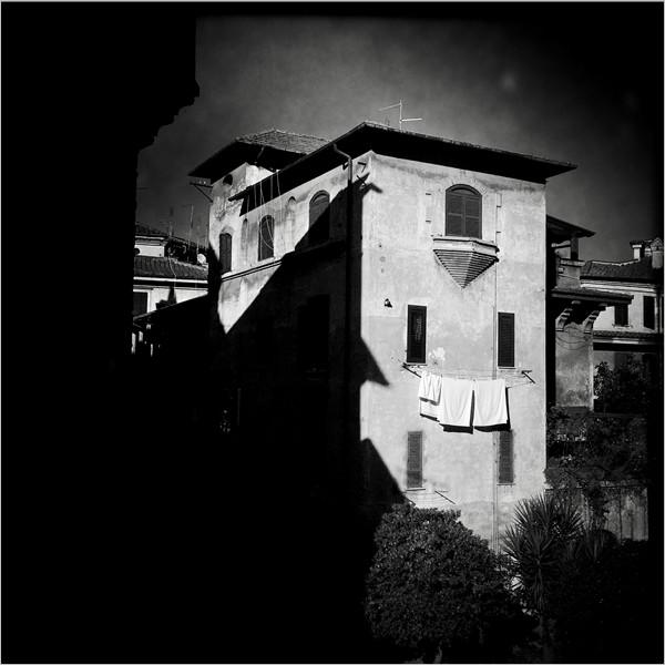 Abitare il paesaggio - Mostra fotografica di Giovanni Cocco, Francesco Zizola e le memorie di quartiere