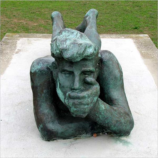 Il Pescatore, la statua di Mino Trafeli, torna a Livorno