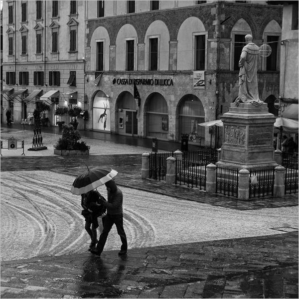 Obiettivo Pietrasanta - Fotografare la Città d'Arte