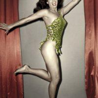 Happy Years. Sorrisi e malizie nel mito di Betty Page e nel mondo delle pin up