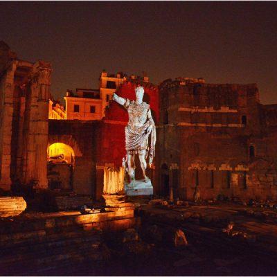 Viaggi nell'antica Roma. Spettacoli multimediali al Foro di Cesare e al Foro di Augusto