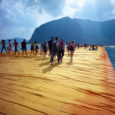 """Christo - Walking on water"". Il documentario di Andrey Paounov"