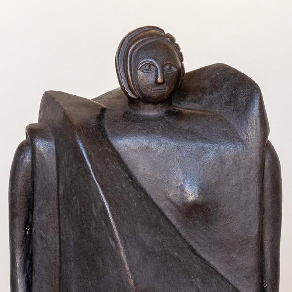 Inaugurazione: Rachele Bianchi. Personaggio. La statua che rappresenta una donna, realizzata da una donna