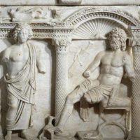 Capolavori in rilievo. I sarcofagi di Atella e Rapolla