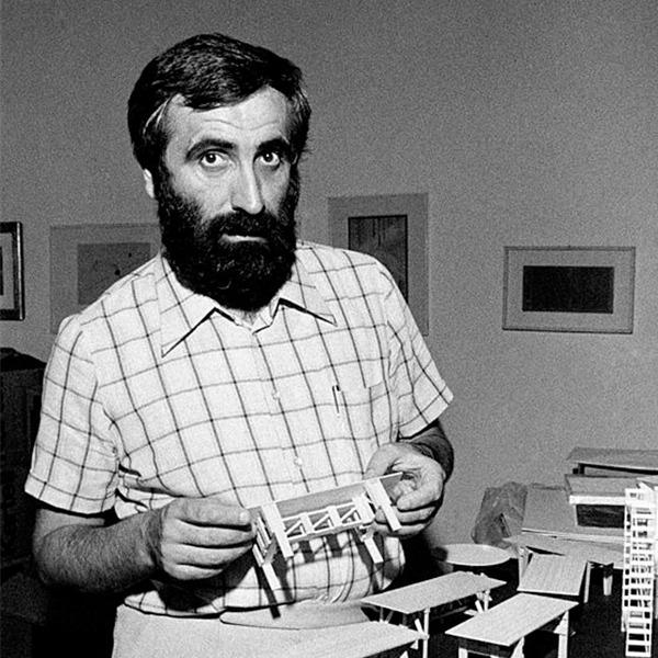 L'immenso archivio (1952-2015) di Enzo Mari è stato donato al Comune di Milano