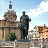 Cesare. L'uomo, le imprese, il mito - Un eroe in solitudine