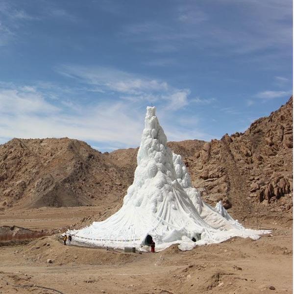 """""""Broken Nature: design takes on human survival"""". Documentario di Alessandra Galletta"""