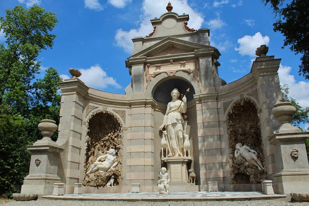 I tesori del Giardino delle Meraviglie di Villa Arconati: il Teatro di Diana