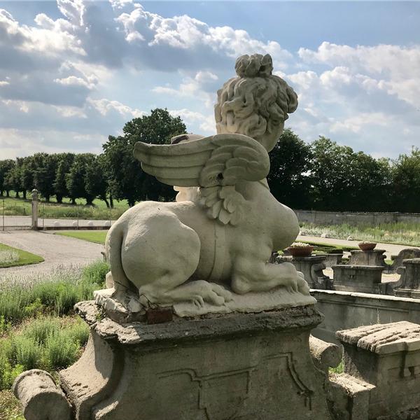 I tesori di Villa Arconati: leoni, sfingi e guardiani