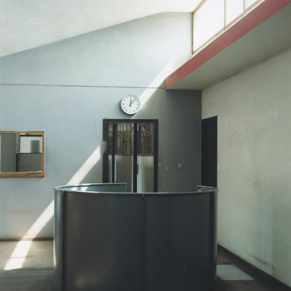 Guido Guidi. Le Corbusier, 5 architetture - Castelnuovo Fotografia