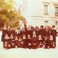 Ritorno al passato: la scuola italiana nelle fotografie di gruppo