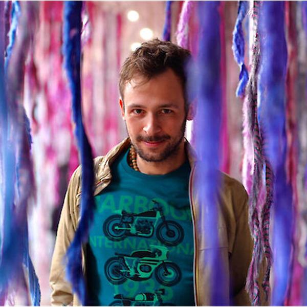 """Laboratorio online con Stefano Ogliari Badessi: """"Chi guarda cosa?"""""""