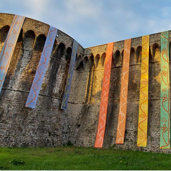 La Fortezza della pace - Kaleidoscope rain. Installazione di Dale