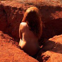 Sol invictus. Performance di Nora Lux
