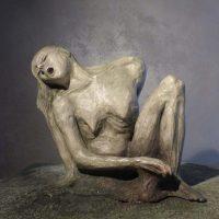 Caduto fuori dal tempo - Installazione di Antonella Panini ispirata al romanzo di David Grossman