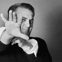 Ritratto rosso - Elisabetta Catalano guarda Federico Fellini