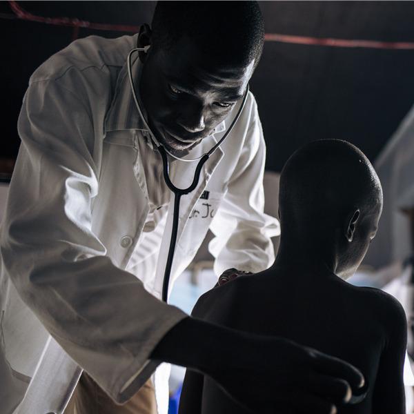 Storie di umanità. Fotografi per Medici Senza Frontiere