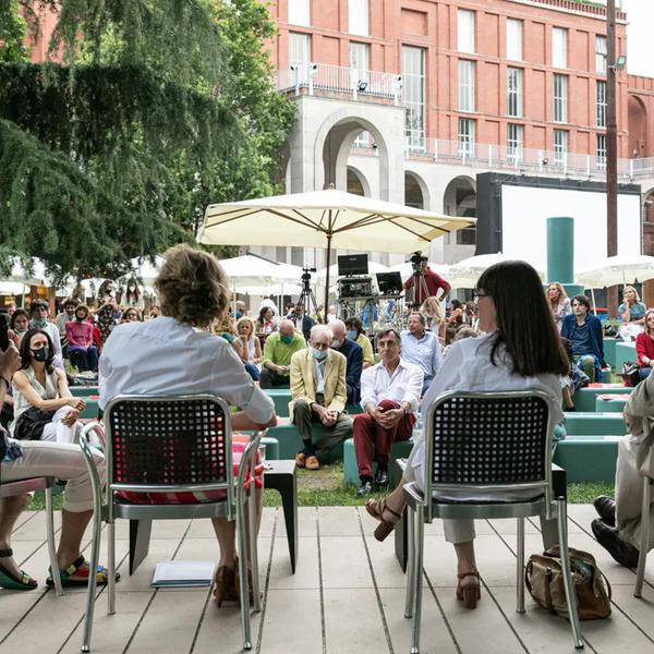 Le protagoniste dell'arte contemporanea italiana. Generazioni di artiste a confronto