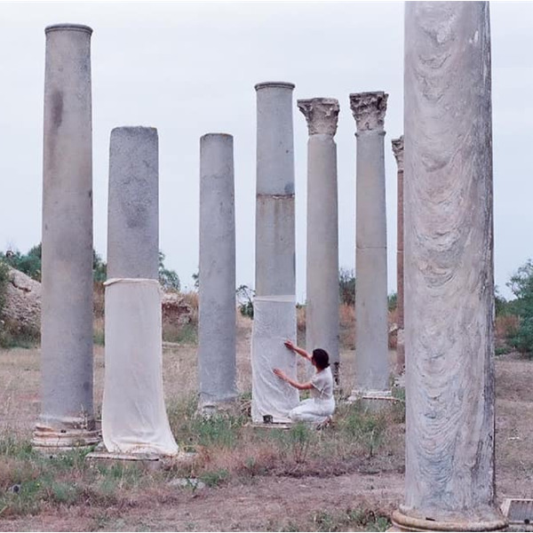 In-ruins: residenza d'artista in Calabria per ripensare il patrimonio archeologico del Mediterraneo