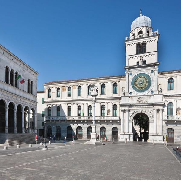 Visite alla Reggia Carrarese e alla Torre dell'Orologio a Padova