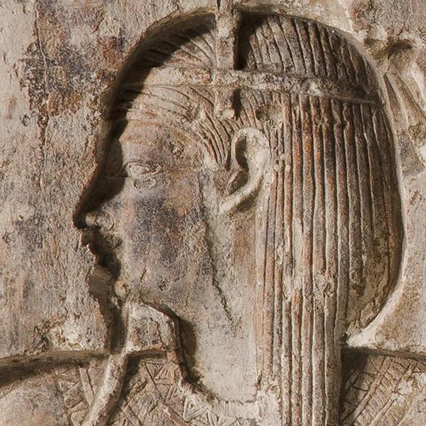 A Bologna cantiere aperto di restauro di un rilievo templare del dio Heh